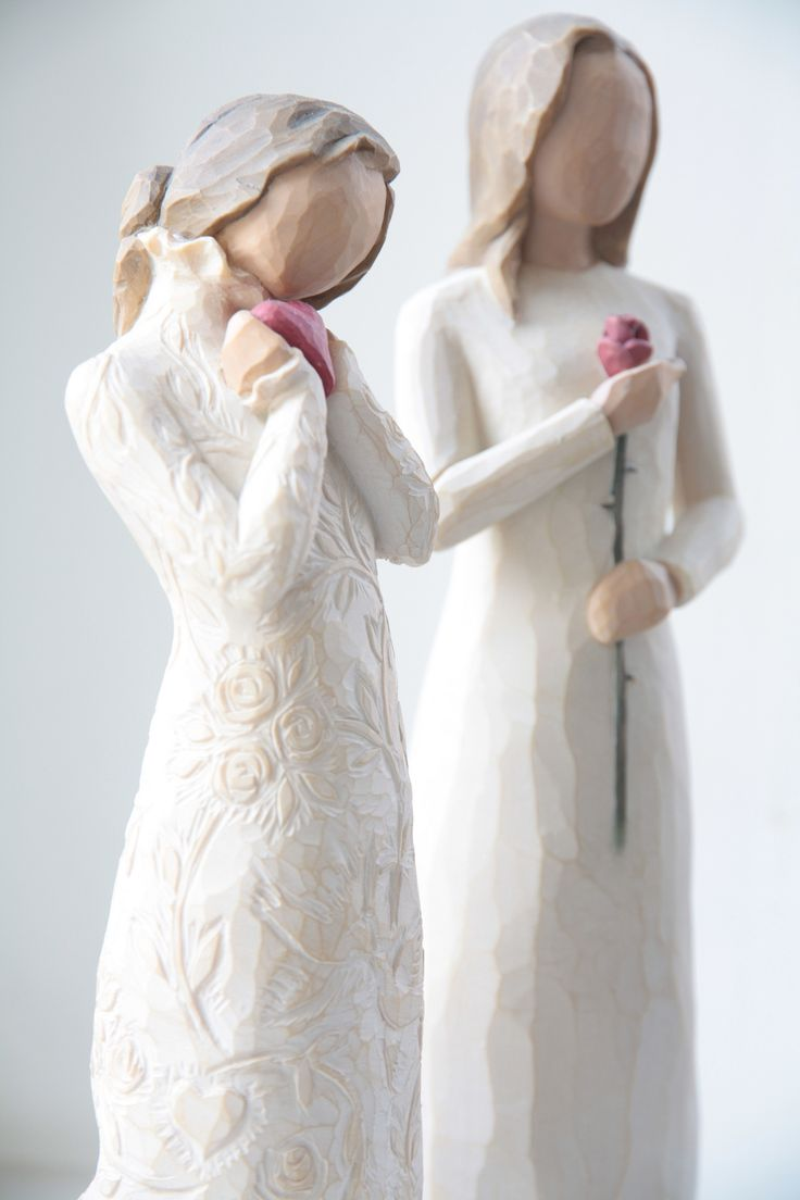 Willow Tree Figurines:: For love and roses ::