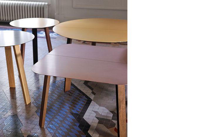Mesas de centro Stockholm de punt mobles, sobre en alumino oro, plata, rosa palo, negro o bronce.