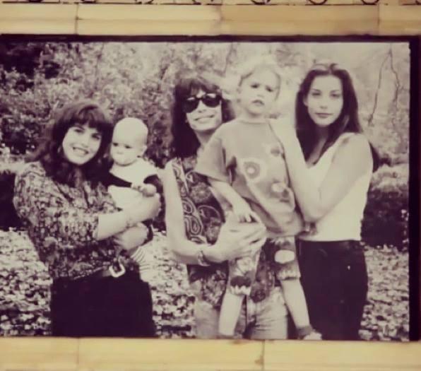 Steven Tyler with his 4 children Left : Mia holding Taj Chelsea & Liv Tyler