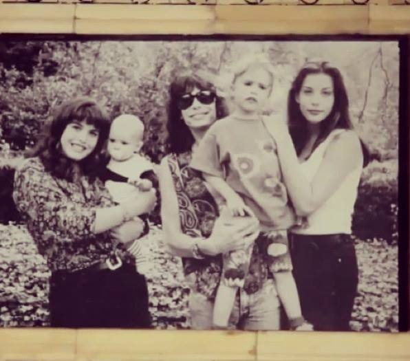 Steven Tyler with his 4 children Left : Mia holding Taj Chelsea & Liv Tyler