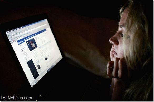 """Conoce los engaños más comunes de las redes sociales para que no """"caigas por inocente"""" - http://www.leanoticias.com/2014/10/14/conoce-los-enganos-mas-comunes-de-las-redes-sociales-para-que-no-caigas-por-inocente/"""