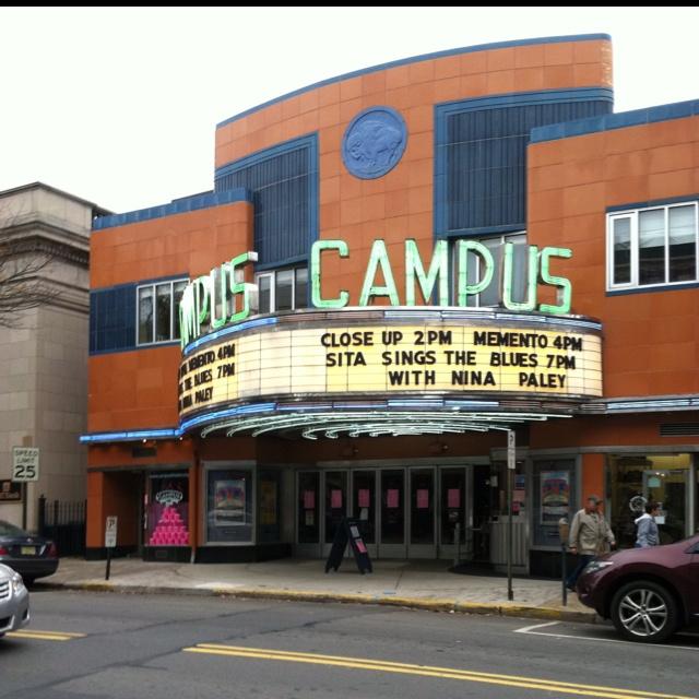 University 4 movie theatre