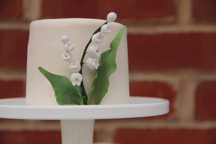lily of the valley wedding cake toppers 14 best images about cake ideas of the valley on 16888