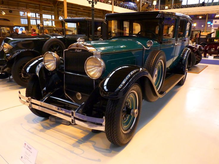 Packard Eight De Luxe 1937