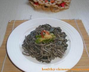 Cold Noodle Salad in Black Sesame Paste Sauce. Cool vegetarain cold dish in summer!