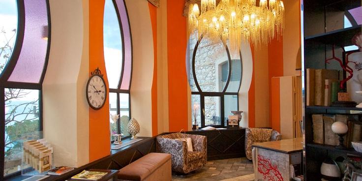Taormina hotel Villa Carlotta reception