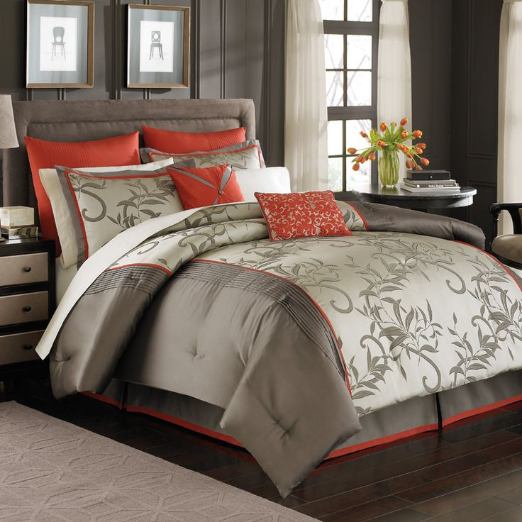 My new bedding! If you have a king-size bed, you need an extra Euro sham. :-)