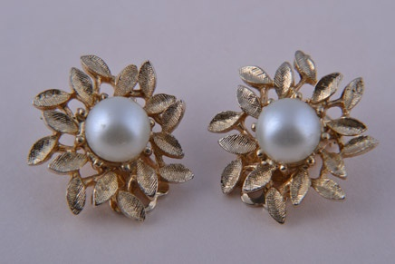 Gilt 1960's Coro Clip On Earrings With Faux Pearls