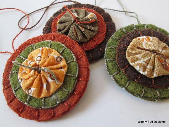 Fabric Yo-Yo's on Wool Felt, Set of 3 Ornaments, Home Decor