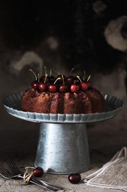 Cherry bunt cake: Pound Cakes, Bundt Cakes, Cherries Chocolates, Cherries Cakes, Chocolates Cakes, Fruit Cakes, Upside Down Cakes, Buntings Cakes, Cakes Christmas