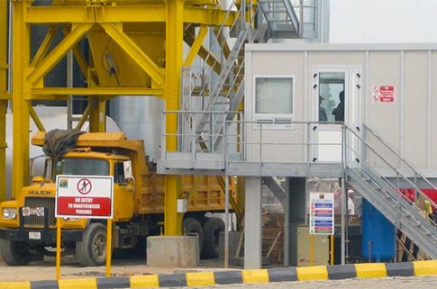 Recycling arrives in Africa. A new up to 180 TPH Marini Asphalt Plant UltiMAP 2000 is helping LSPWC to implement a five-year strategic road map aiming to ensure high standards of road maintenance and improve infrastructural development across Lagos, Nigeria.   http://bit.ly/LSPWC