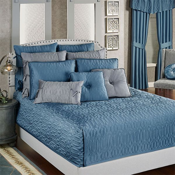 Best Oxford Classics Blue Shadow Mini Coverlet Set Bedding 400 x 300