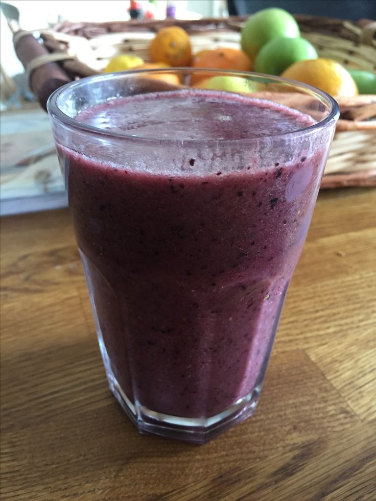 Summer Berry Smoothie  15g organic hemp protein powder, 1 cup of cloudy apple juice, I cup of frozen strawberries and blueberries, one small banana