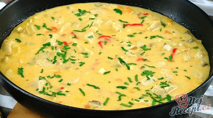 Lahodná krémová omáčka, která je vhodná k různým těstovinám, případně ji můžete podávat k rýži.