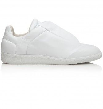 MAISON MARTIN MARGIELA FUTURE LOW TOP TRAINERS. White. £440.00