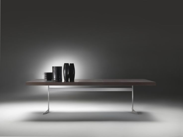 FLEXFORM FLY table with frame in metal and top in wood veneers and metal support with extensible mechanism. Designed by ANTONIO CITTERIO.