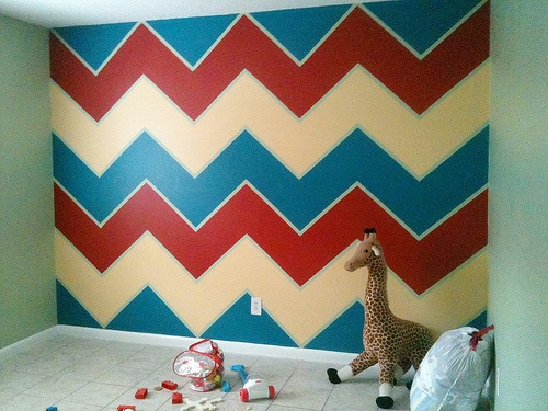 "a ""how to"" for painting chevron stripes... math, not guesswork"