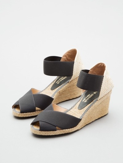 ERIKA by Andre Assous at http://www.LorisShoes.com