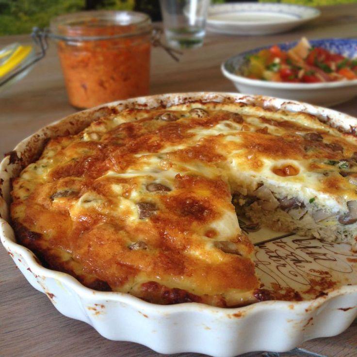 Kyllingetærte med svampefyld - low carb/LCHF tærte med tærtebund lavet af kylling.