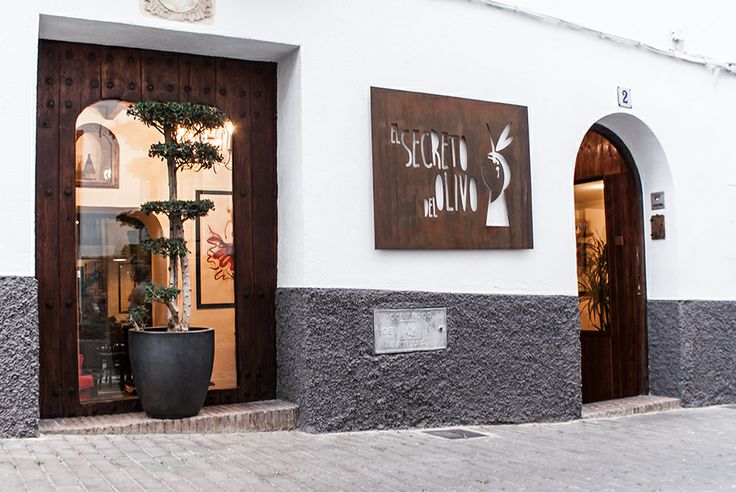 El secreto del Olivo at Nigüelas, Granada (Andalucía, Spain) #Boutiquehotel #homelyatmosphere #charmyexterior #olivotree #oilveoil #lovely