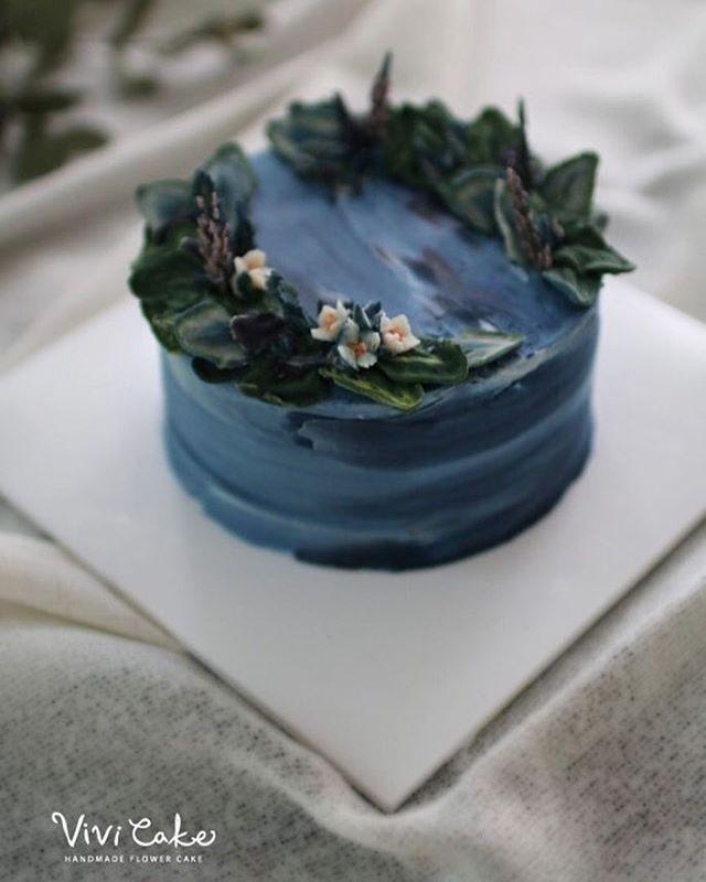 오늘은 앙금 꽃이 유난히 이뻐보이던 날. 지니쌤, 비비쌤의 쌀베이킹 진화는 계속 됩니다아-^^ . . Rice cake. Bean paste…