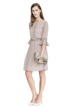 Fırfırlı elbise #modasto #giyim #moda https://modasto.com/banana-ve-republic/kadin/br2444ct2