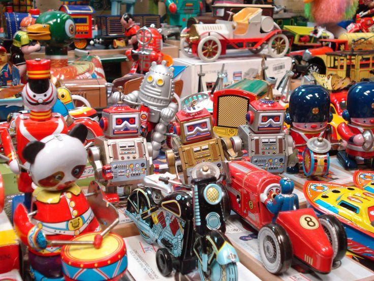 Dona juguetes y gana entradas para Port Aventura o Parque Warner: Si tienes niñ@s a tu alrededor, seguro que tienes por casa algún juguete inutilizado que no sabes qué hacer con él…Si lo donas a Toys2help, lo convertiremos en dinero destinado a la causa social infantil que tú elijas.  Entra desde tu móvil o tablet en toys2help.com y dona fácilmente juguetes o artículos de puericultura... Leer más: http://www.toys2help.com/dona-juguetes-y-gana-entradas-para-port-aventura-o-parque-warner/