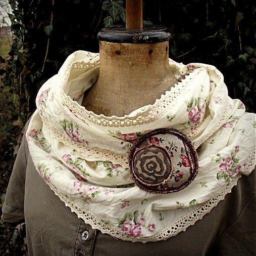 - Lehký šátek s krajkou - 2375050