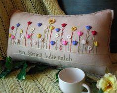 Mi almohada de bebé niño jardín estilo casa de por PillowCottage