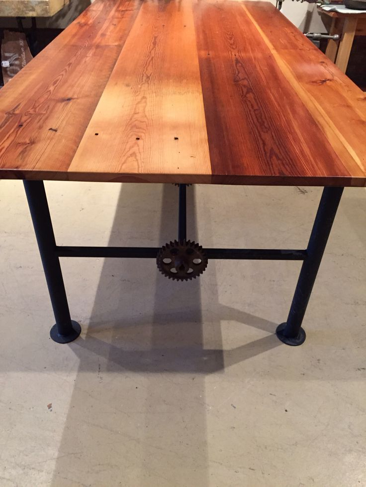 86 best barn wood tables images on pinterest barn board for Really cool dining tables