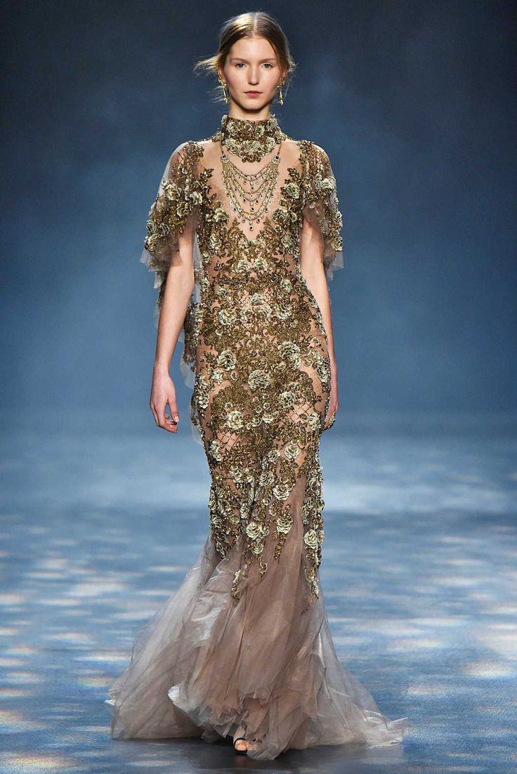 10 best MARCHESA FEATHERS images on Pinterest | Fashion show ...