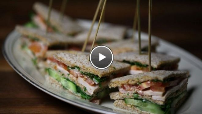 Clubsandwich met kip en komkommer - Rudolph's Bakery | 24Kitchen