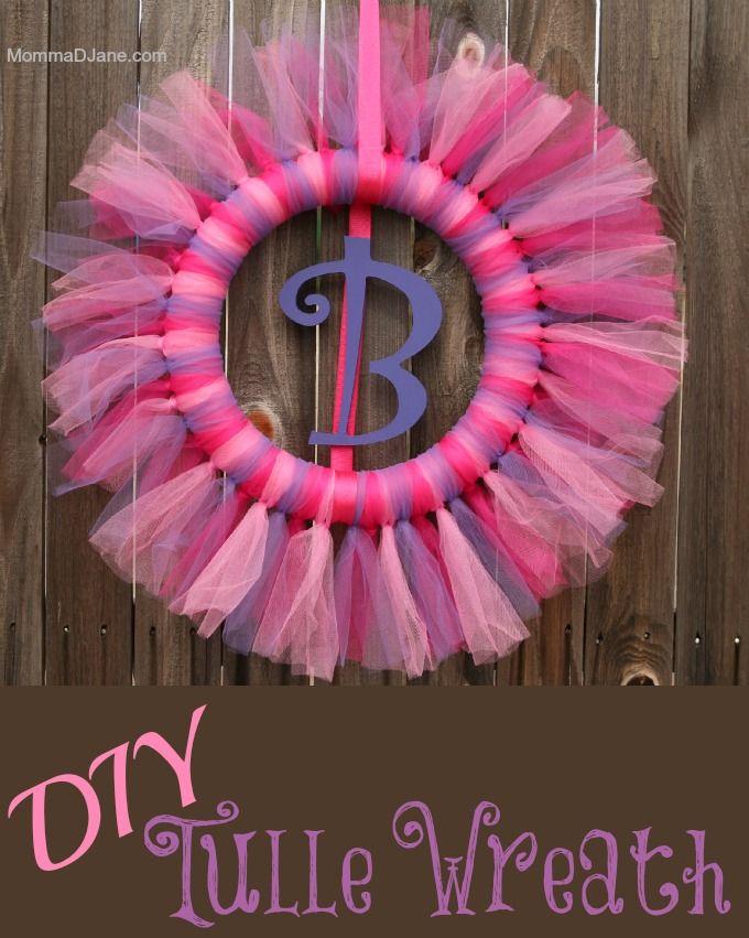 An adorable Spring wreath idea.  How to make a Tulle Wreath.