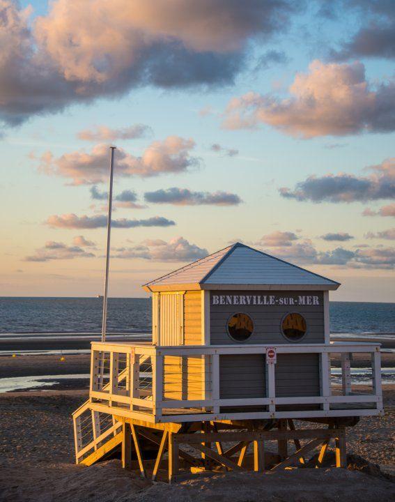 La plage de Deauville au coucher du Soleil ! #crépuscule #lumières #Normandie