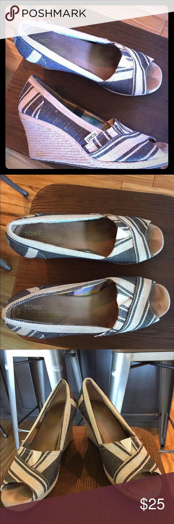Toms hog heel shoes Adorable women's size 9 Toms high heel shoes. Dress up or dress down. So comfortable! Worn 3 times. TOMS Shoes Heels