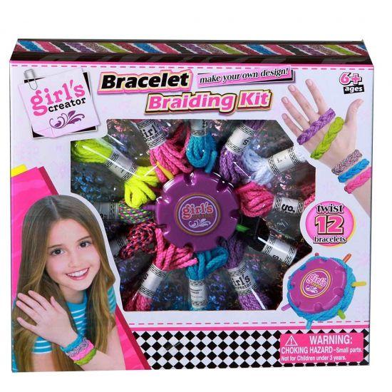 Hobby set om zelf armbandjes te vlechten. Maak je eigen armbandjes met deze vlecht set! Inclusief touw in allerlei verschillende kleuren. Bevat genoeg materiaal om 12 armbandjes te maken. Geschikt voor kinderen vanaf 6 jaar.