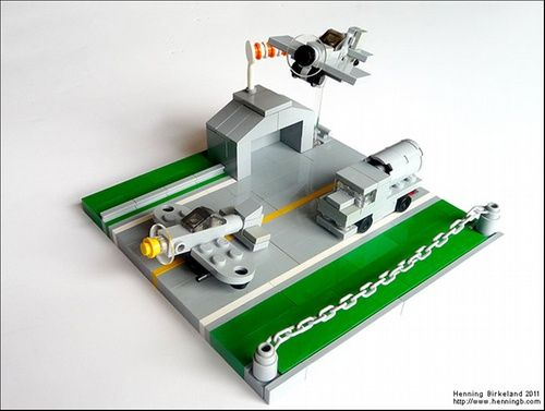 Micro planes and airport: A LEGO® creation by Henning Birkeland : MOCpages.com