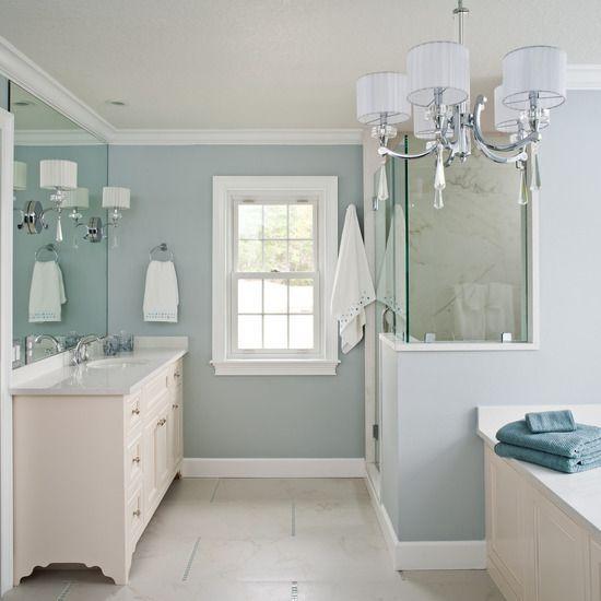 Blue coastal bathroom