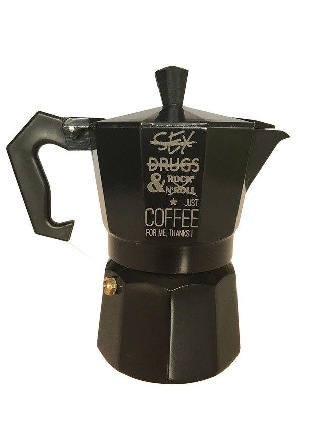 Witzige Espressokanne (für 3 Tassen) aus lackiertem Aluminium schwarz mit Gravur. Das perfekte Geschenk zum runden Geburtstag oder für frischgebackene Eltern oder einfach nur Coffeelovers....