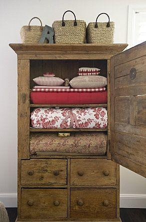 old wardrobe.........want, want, want.