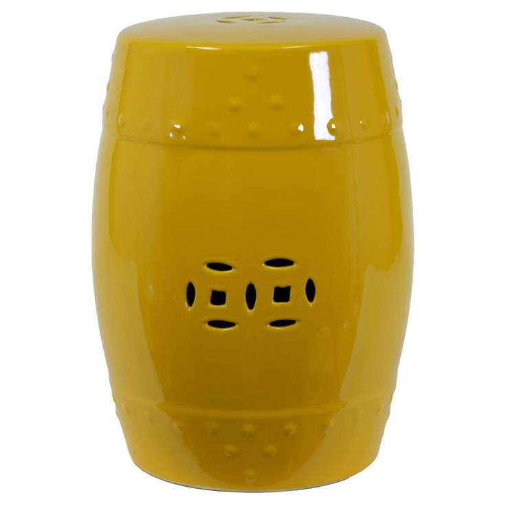 This ceramic garden stool in yellow features a honey-pot style design to add a fun accent to your garden. Place this unique piece close to green shrubs for a striking color contrast and maximum visual impact.