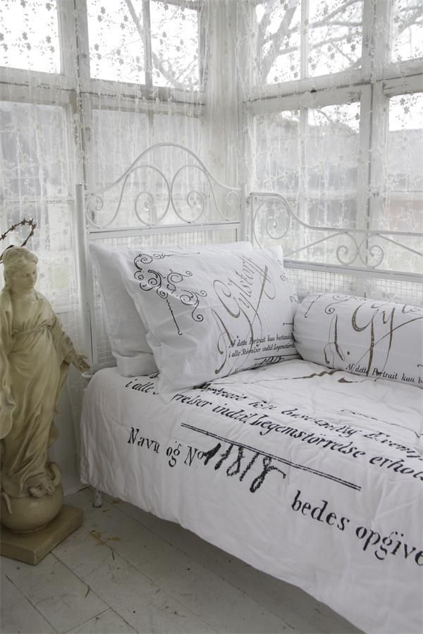 french script guest room home office pinterest french script shabby and bedrooms. Black Bedroom Furniture Sets. Home Design Ideas