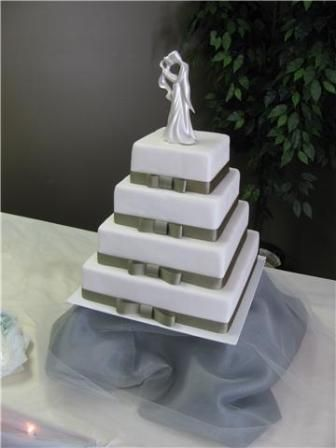 Simple square wedding cake: Fake Cakes, Cakes Ideas, Squares Wedding Cakes, Color, Cakes Inspiration, Cakes Design, Fake Wedding Cakes, Cakes Decorating Bakeries, Square Wedding Cakes