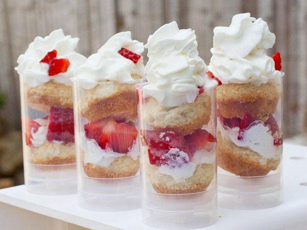 Grilled Strawberry Shortcake Push-It-Up Pops: Push Pop, Push It Up Pop, Cakepops Shortcake, Shortcake Push It Up, Push Up Pop, Grilled Strawberries, Parties Ideas, Pushitup Pop, Strawberries Shortcake