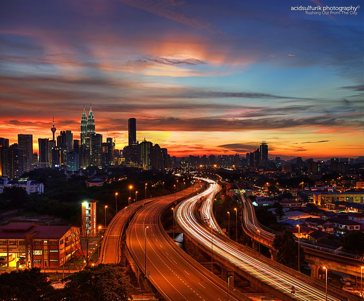 Kuala Lampur, Malaysia (by acidsulfurik)