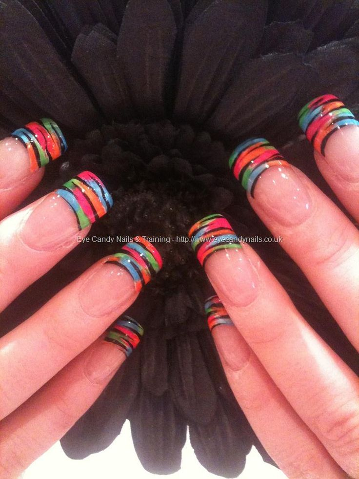 Freehand multi tips with flick nail art