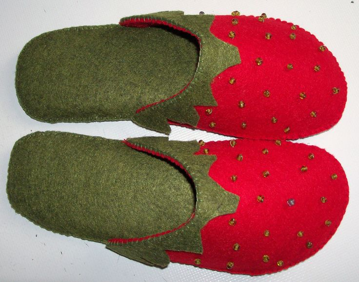 Strawberries slippers