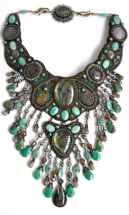 Fun chunky necklace to accentuate my fab fall wardrobe #ShoebuyFallFashion