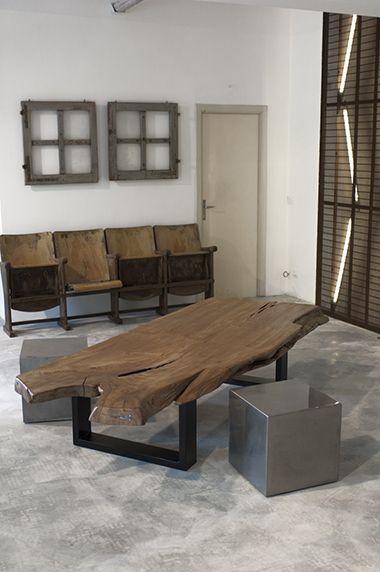 Interior design recupero tavolo da fumo realizzato con una sola tavola in olmo, forma naturale. gambe realizzate in ferro. finitura legno: naturale finitura ferro: antracite varie dimensioni SESTINI E CORTI