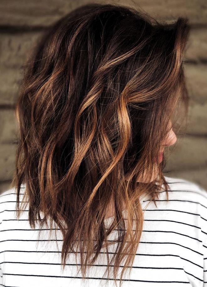 30 modèles de carré plongeant mi-long sublimes ! en 2020   Idée couleur cheveux, Cheveux bruns ...